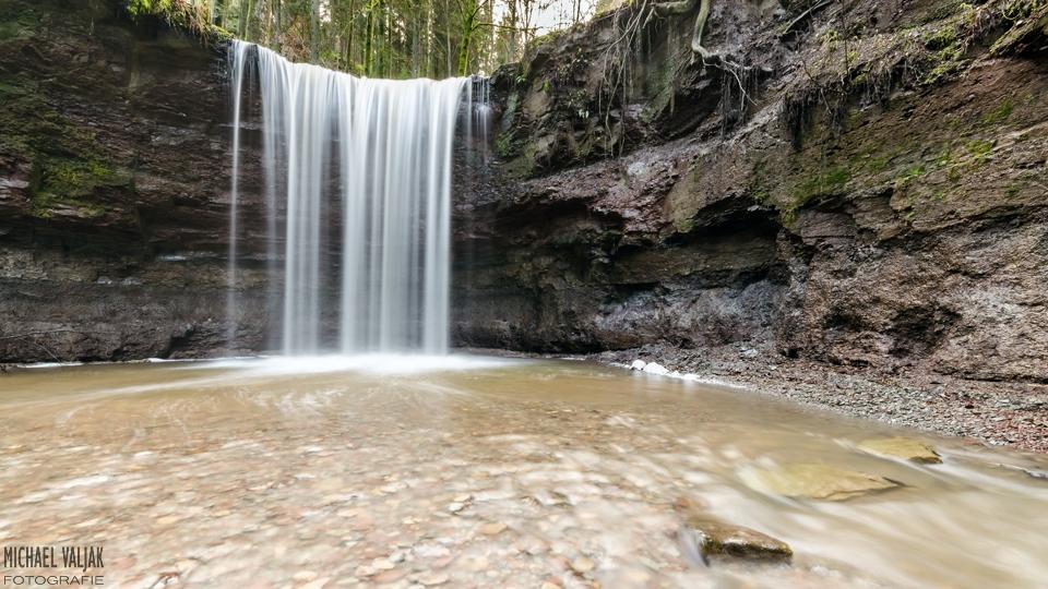 Vorderer Wasserfall in der Hörschbachschlucht bei Murrhardt