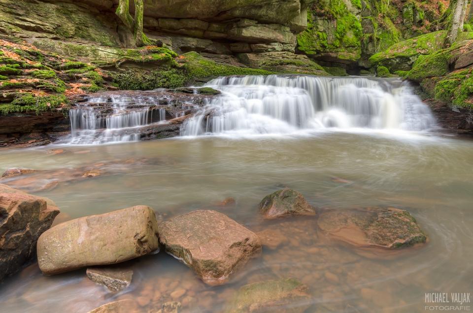 Wasserfall im Monbachtal