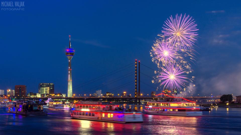 Feuerwerk Düsseldorf Rheinkirmes 2014