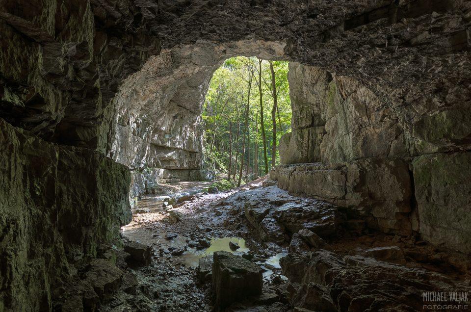 Falkensteiner Höhle auf der Schwäbischen Alb