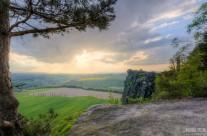 Zum Sonnenuntergang auf dem Lilienstein in der Sächsischen Schweiz