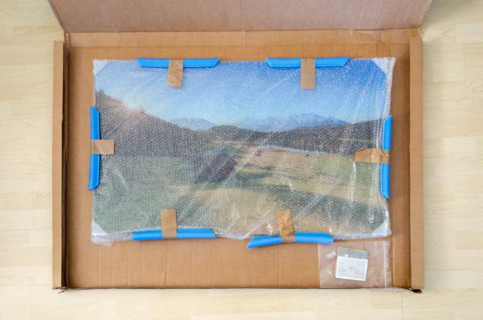 Eingepacktes-Acrylglasbild