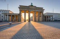 Morgens am Brandenburger Tor in Berlin
