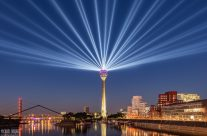 Rheinkomet® – Lichtshow auf dem Rheinturm in Düsseldorf III