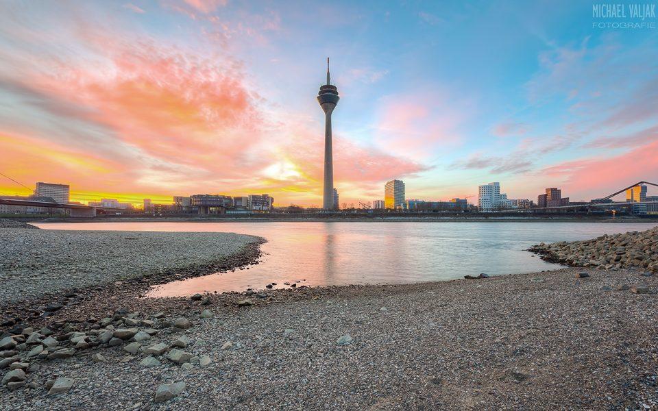 Sonnenaufgang in Düsseldorf