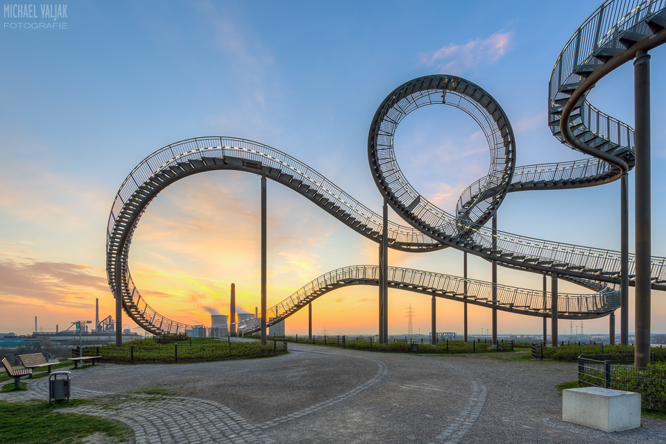Tiger and Turtle Duisburg bei Sonnenuntergang