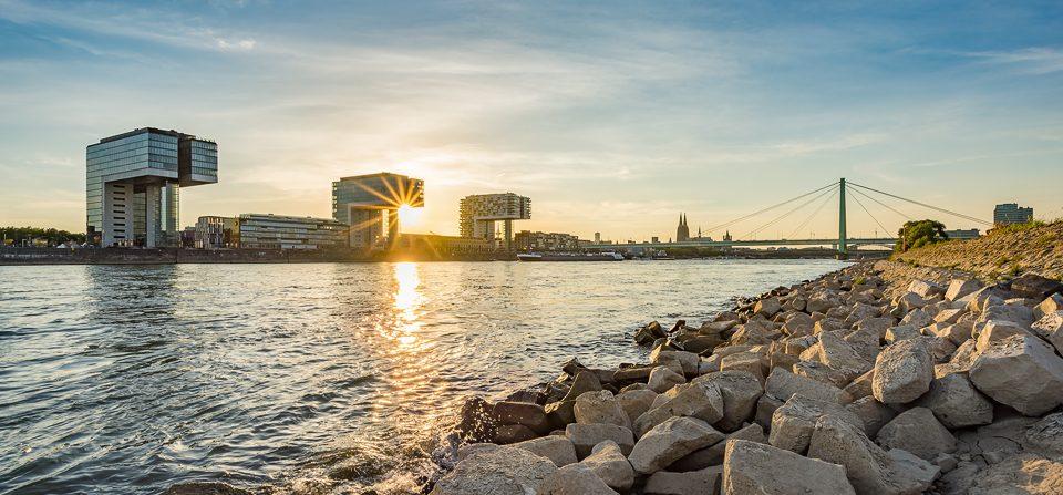 Köln an einem Sommerabend