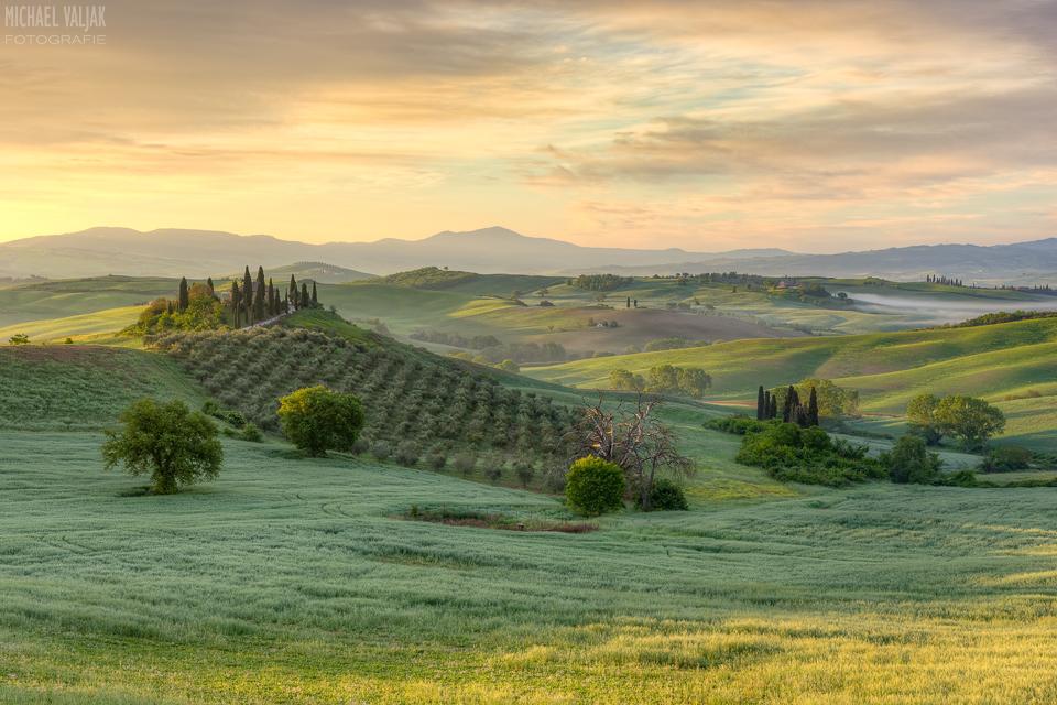Die Toskana im frühen Morgenlicht