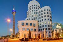Im Medienhafen Düsseldorf (quadratische Version)