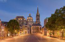 Aachener Dom am Abend