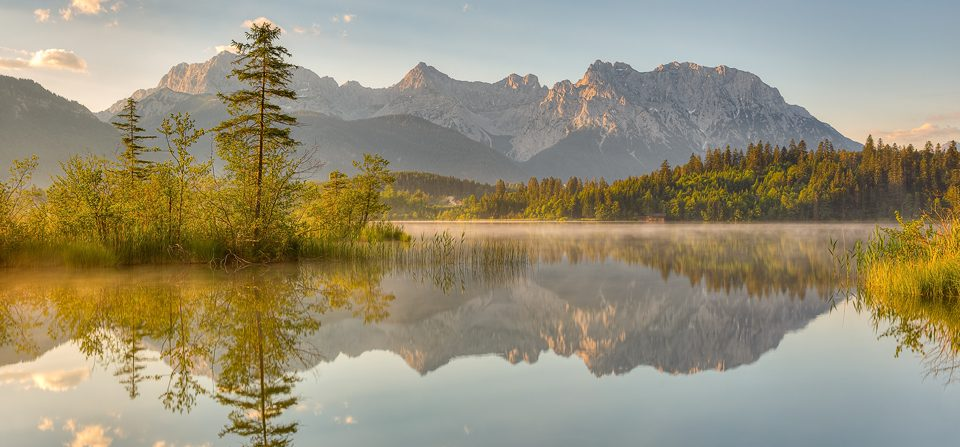 Morgens am Barmsee in Bayern