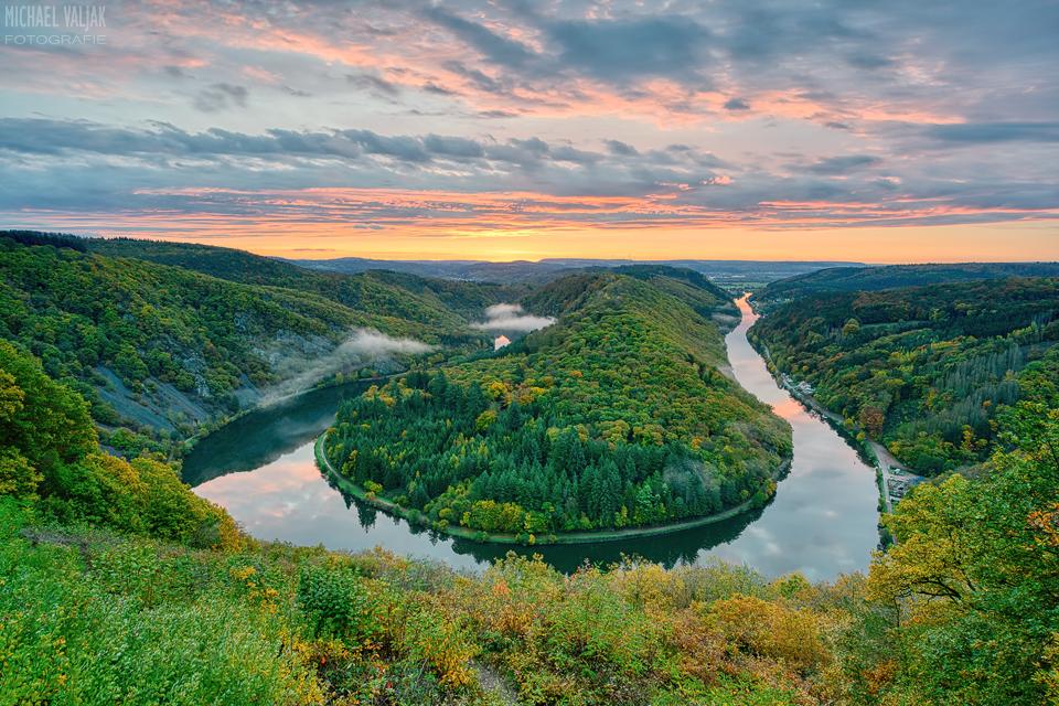 Herbst bei der Saarschleife im Saarland