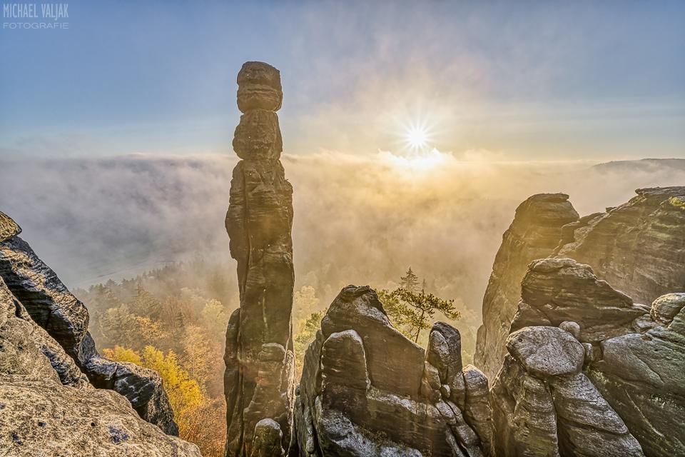 Barbarine im Nebel