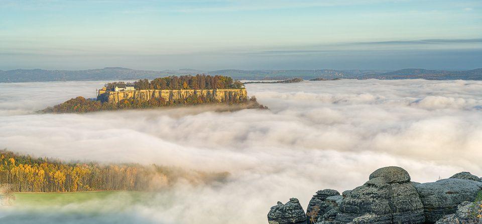 Festung Königstein im Nebelmeer