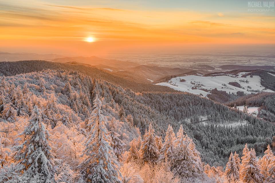 Winterabend im Schwarzwald