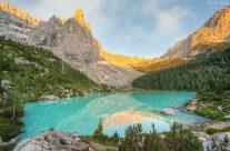 Morgens am Lago di Sorapis in den Dolomiten