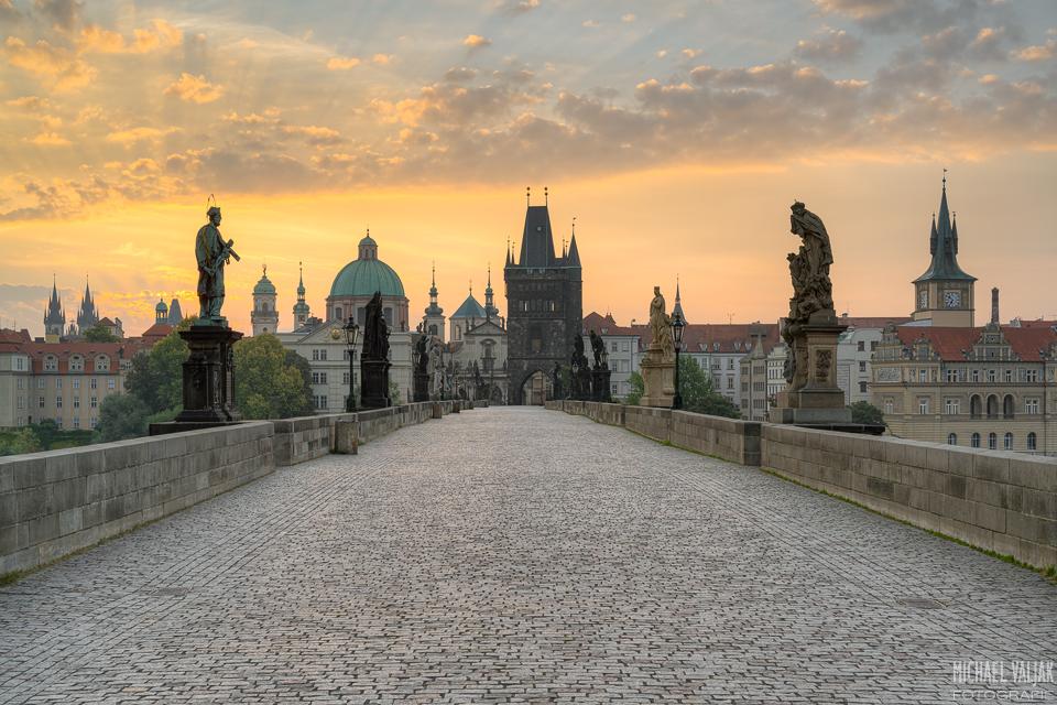 Auf der Karlsbrücke in Prag